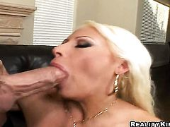 Blonde Candy Manson turns Billy Glide on to the point of no return before cock sucking