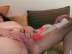 Mature lusty BBW lesbians sharing a double dildo