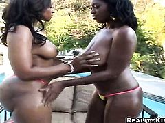 Chocolate Delotta Brown with phat booty lets Billy Glide fuck her sweet mouth