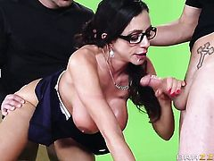 Tyler Nixon shows nice sex tricks to Ariella Ferrera with the help of his hard sausage