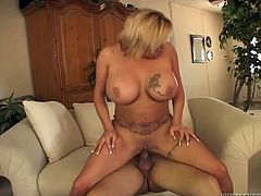 Mega busty blond milf likes it deeper and gives bet sever titjob