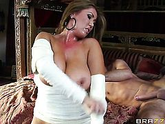Nadia Capri and hard cocked guy Keiran Lee are in the mood for fucking