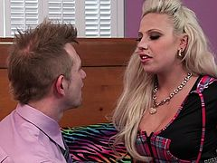 Bill loves it doing with the punk girls. And a blonde chick like Vyxen, with tattoos all over her body, is more than enough to drive him crazy. Watch how he is drooling over her ass and worshiping her during their foreplay. And the badass babe too made a great oral job with a throaty cock sucking!