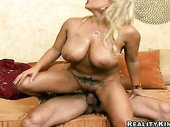 Blonde Rachel Love knows no limits when it comes to cock stroking
