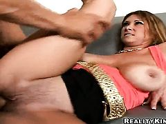 Blonde Tiffany Mynx has a great time sucking Ramon Nomars snake after she gets her fudge packed