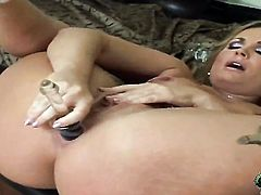 Blonde Flower Tucci with big ass and bald pussy cant live a day without fingering her wet spot