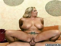 Blonde Rachel Love with juicy booty and hairless twat makes guys love torpedo stiff and hard