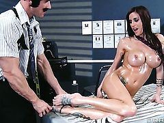 Johnny Sins gets pleasure from fucking Gia Dimarco with big hooters in her fuck hole