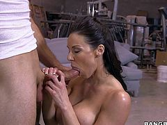 Perfect bodied MILF Kendra Lust with big boobs and bubbe butt gives the greatest blowjob ever to guy in jeans before she takes his love torpedo in her dripping wet vagina. This gorgeous big tit mom does it like a pro.