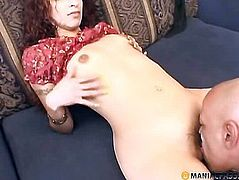 His cock sucking Indian babe