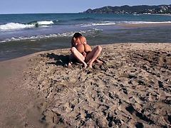 The beaches are very morbid sites that arouse primal instincts. Franceska Jaimes after taking a naked bath has found a big dick that fucks her in the middle of this isolated landscape.