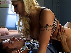 Candy Manson has some time to give some pleasure to hot guy Danny Mountain