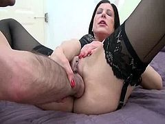 Awesome darky haired mum id like to make love fist bumped till she squirts