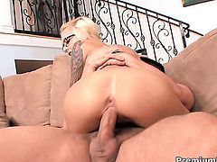 Emma Mae enjoys mans throbbing man meat deep inside her wet hole