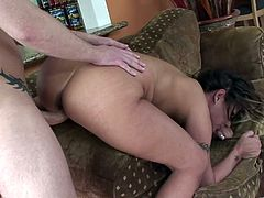Tattooed whore enjoys her tight asshole pounded in Hardcore action