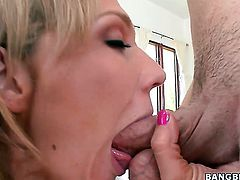 Nikki Sexx with massive knockers and clean muff kills time enjoying anal sex