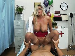 Kristal Summers gets drilled literally to death by Ramon
