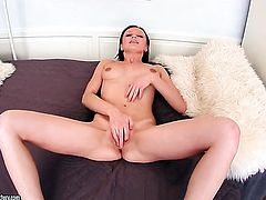 Brunette Valery Von is totally naked and plays with her pussy hole non-stop