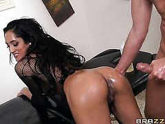 Keiran Lee has a good time fucking flirty Chloe Amours mouth