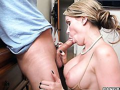 Mandy Sky with juicy butt is on fire in girl-on-girl action with lovely Courtney Cummz