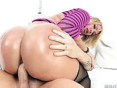 Mellanie Monroe gets some in steamy anal scene with Clover after she gets her mouth drilled