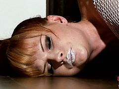 Redhead Tarra White with huge hooters and clean twat has some time to stroke her fuck hole