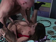 Johnny Sins fucks bodacious Cassidy Kleins mouth just like crazy
