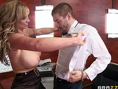 Eva Notty enjoys the company of a big hard dick, that gets bigger with the touch of her incredible pair of big boobs. As Xander finds those mushy melons and starts squashing them as well, as sucking, Eva strips to her lingerie, and begins sucking the lucky guy's big booner with giving pleasant titjob!