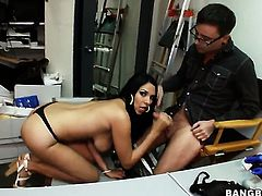 Missy Martinez shakes her big ass