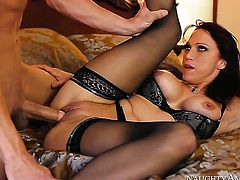 Nicki Hunter is curious about hard fucking with horny guy Bruce Venture
