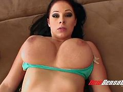 Ardent and happy super busty nympho Gianna Michaels gets nailed mish and doggy