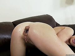Blonde Tiffany Doll gets her lesbian wet hole licked out by Nikky Thorne the way she loves it