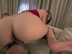 Salacious Asian chick Reon Otowa gets her trimmed pussy licked