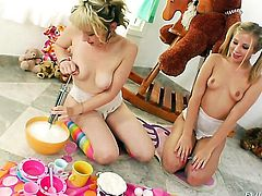 Two blonde lesbians eating pussy