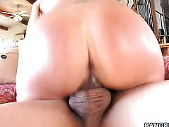 Skylar Price takes a dream shower in cumshot action