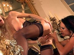 After a good night at the club Alektra Blue and Sammie Rhodes get home to have some lesbians grinding fun. They get out of their sexy lingerie and start sucking.