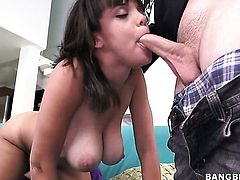 Stacey Foxxx with bubbly bottom gets her mouth fucked silly by sex hungry guy