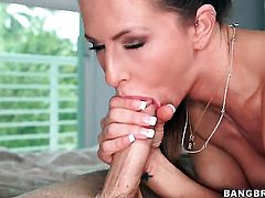 Rachel Roxxx is skilled enough to make dude cum again and again