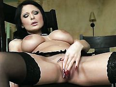 With juicy knockers and bald twat parts her legs on cam and feels no shame