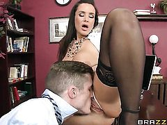 A sex therapist Lisa Ann xxx
