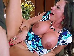 Elegant super sexy MILF Ariella Ferrera with huge tits seduces her daughters boyfriend to satisfy her sexual desires. Busty mom gets her hot bush heavily fucked in the kitchen!
