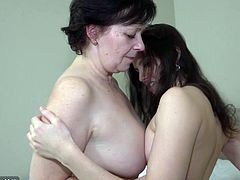 Using dildo spoiled brunette oldie Karla polish pussy of cute girlie