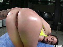 Chanel Preston gets an anal gangbang!