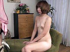 Jap lady Seira Matsuoka plays with vibrator before dick sucking