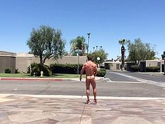 Str8 bodybuilder daddy street masturbation
