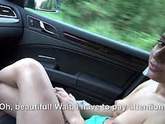 Amateur girl Jenny Dark takes off her green tank top and black bra to show her natural boobs to driver.Then she strokes and sucks his lucky cock right in a car. Cutie next door does with desire.