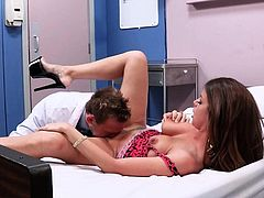 Slutty wife Brooklyn Chase has hot sex with horny doctor at the hospital right in front of her older disabled husband. She gets her pussy licked and her mouth fucked then it comes to cock riding.