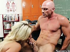 Johnny Sins plays with dripping wet love hole of Adorable chica breathtaker Bridgette B. with gigantic breasts and clean muff before he bangs her hard
