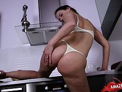 Sexy girlfriend intense anal