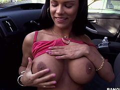 Peta Jensen is a lovely dark haired girl with huge tits and bubble butt. She bares her assets beside a car and plays with big banana under the open sky. Naughty chick takes it in her mouth and pussy!